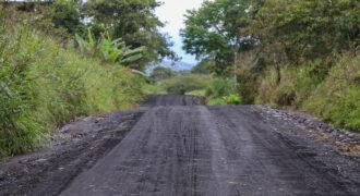 Mantenimiento vial en el sector Santa Rosa – Buena Esperanza